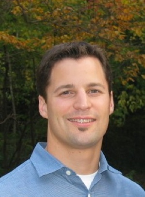 Erik Hoek headshot